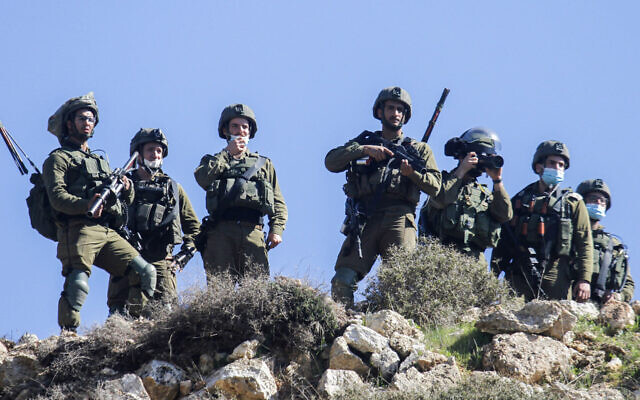 Israeli soldiers near the West Bank city of Nablus, Feb. 12, 2021. (Nasser Ishtayeh/Flash90)