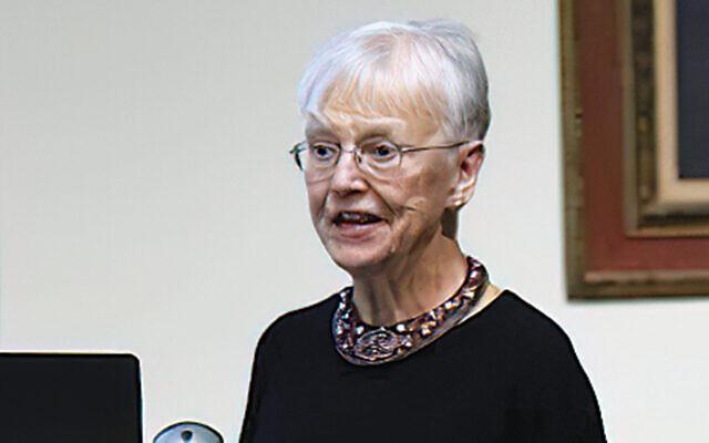 Barbara Tomlinson