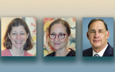 Rep. Elaine Luria (D-VA), left, Dr. Laurie Baumel, and Senator John Boozman  (R-AR)