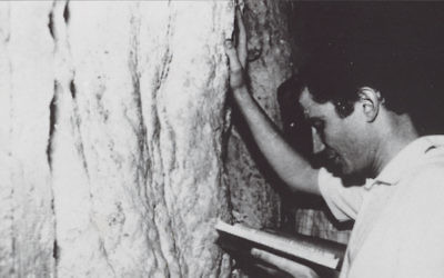 After his release from the Russian gulag in 1987, Yuli Edelstein prayed at the western wall. Knesset Speaker's Office