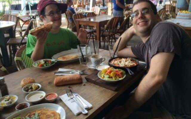 Akiva and his brother. Courtesy of Beth Steinberg