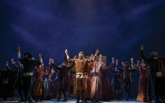Danny Burstein as Tevye in Fiddler On The Roof. Joan Marcus