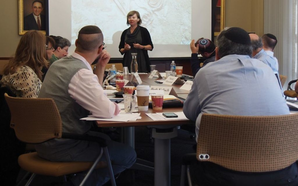 Scholar Eva Mroczak leads a session on prayer in ancient Israel as part of academic-communal partnership at University of Pennsylvania. Courtesy Katz Center for Advanced Judaic Studies