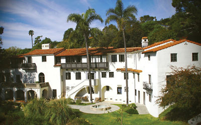 Villa Aurora, the Pacific Palisades estate that served as a refuge for the German-Jewish author Lion Feuchtwanger and his wife, Marta, during World War II and the years that followed. Wikimedia Commons