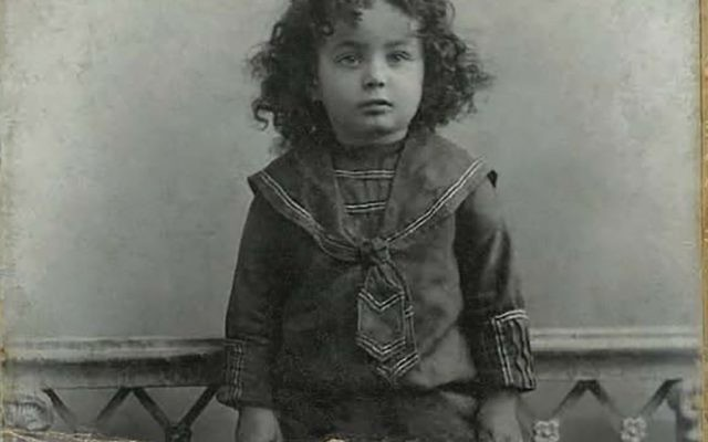 The future rebbe, before his upsherin (first haircut).