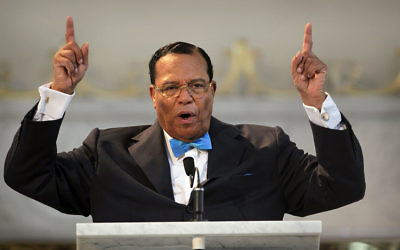 Louis Farrakhan, leader of the Nation of Islam, speaks at a press conference at Mosque Maryam on March 31, 2011 in Chicago, Illinois. (Scott Olson/Getty Images)