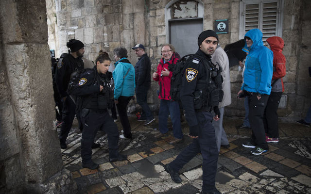 Israeli security forces at scene of where earlier a Palestinian man stabbed two Israeli border police officers at stabbing attack in Jerusalem Old City on March 13, 2017. Photo by Yonatan Sindel/Flash90