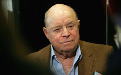"""Comedian Don Rickles poses for a photograph before signing copies of his new book """"Rickle's Book"""" at Book Soup May 31, 2007 in West Hollywood, California. Getty Images"""