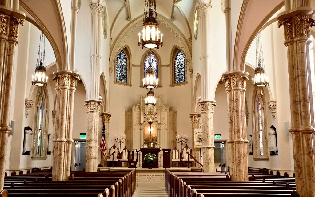 The sanctuary of Mickve Israel Synagogue in Savannah, GA. Courtesy of Richard Nowitz