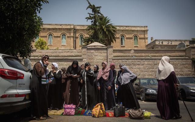 Muslim women protesting at an entrance to the Temple Mount at the Lions' Gate in Jerusalem's Old City, July 25, 2017. (Hadas Parush/Flash90)