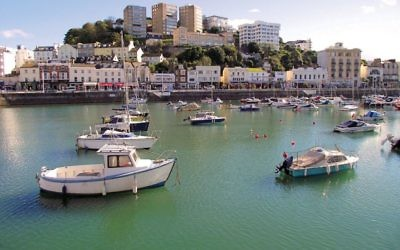 The Torquay harbor. Photos by Wikimedia Commons