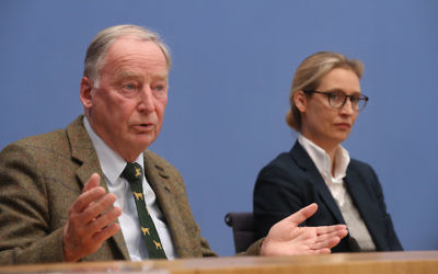 Alexander Gauland, left, and Alice Weidel, co-leaders of the right-wing Alternative for Germany party, speaking at a news conference in Berlin, Sept. 25, 2017. (Sean Gallup/Getty Images)