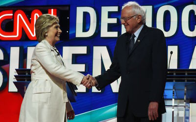Hillary Clinton and Bernie Sanders at the CNN Presidential Debate at the Brooklyn Navy Yard in New York, April 14, 2016. (Jewel Samad/AFP/Getty Images)