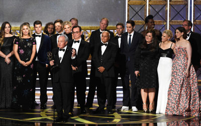 LOS ANGELES, CA - SEPTEMBER 17:  Producer Lorne Michaels (at microphone) and cast/crew accept Outstanding Variety Sketch Series for 'Saturday Night Live' onstage during the 69th Annual Primetime Emmy Awards at Microsoft Theater on September 17, 2017 in Los Angeles, California.  (Photo by Kevin Winter/Getty Images)