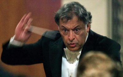 Zubin Mehta conducting the Israel Philharmonic Orchestra in 2002 at the Moscow Conservatory. Getty Images