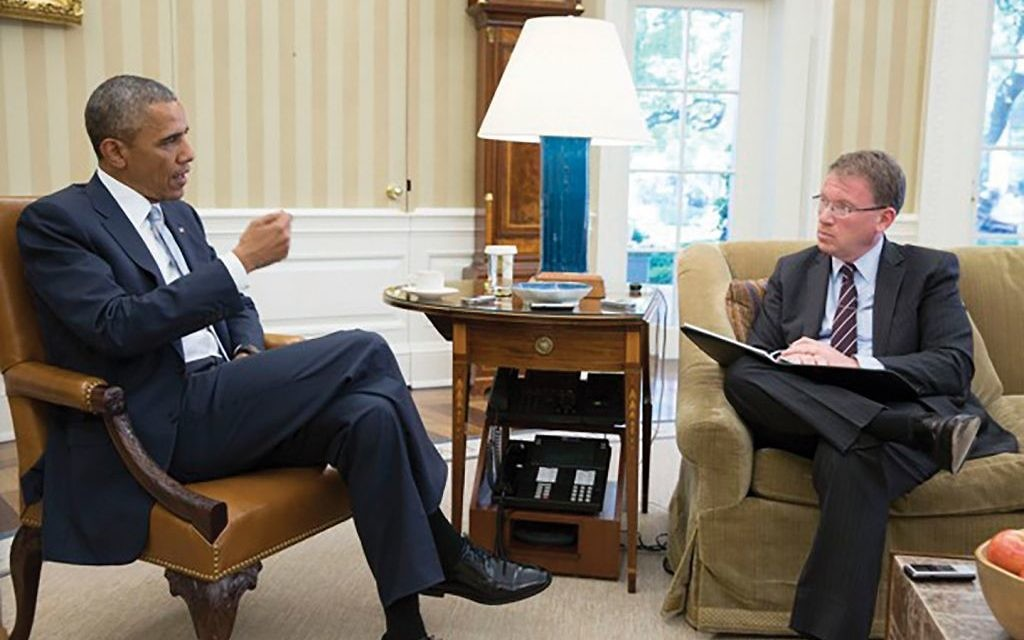 """Access to the White House: Jeffrey Goldberg interviewed President Obama a number of times for his March 2016 cover story in The Atlantic, """"The Obama Doctrine,"""" a detailed look at American foreign policy strategy during the Obama years. Official White House Photo/Pete Souza"""