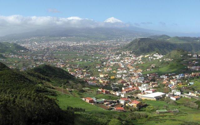 The view over La Laguna. Wikimedia Commons
