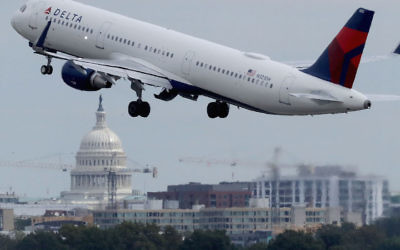 A Delta plane taking off from Ronald Reagan National Airport in Washington, D.C., Sept. 1, 2017. (Chip Somodevilla/Getty Images)