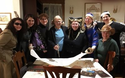 Teaneck group invites women to lein Megillat Esther for four decades. Courtesy.