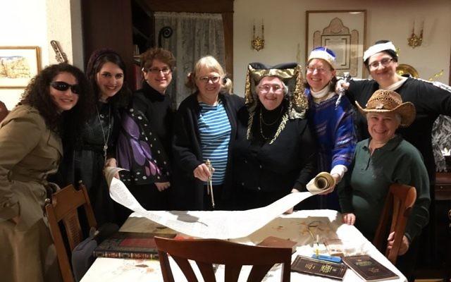 Teaneck group invites women to lein Megillat Esther for four decades. Courtesy.
