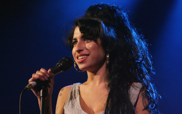 Amy Winehouse performing in London, May 28, 2007. (Jo Hale/ Getty Images)