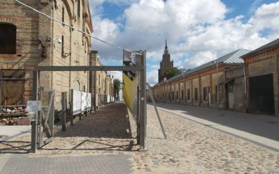 Riga's Ghetto and Latvia Holocaust Museum. Photos by Wikimedia Commons
