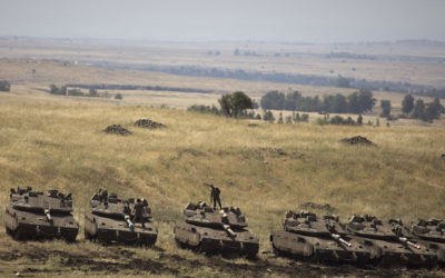 Israeli tanks seen near the Israeli-Syrian border, May 10, 2018. (Lior Mizrahi/Getty Images)
