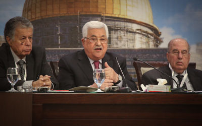Palestinian President Mahmoud Abbas addressing the Palestinian National Council in the West Bank city of Ramallah, April 30, 2018. (Flash90)