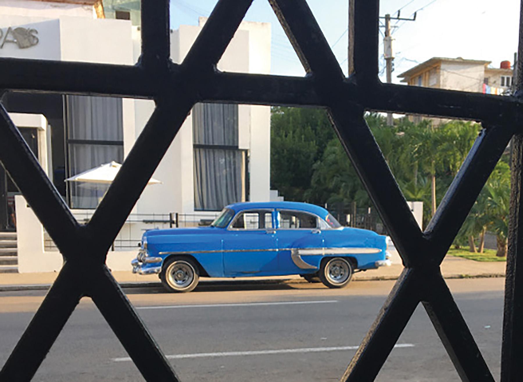 Ayelet Tours Cuba