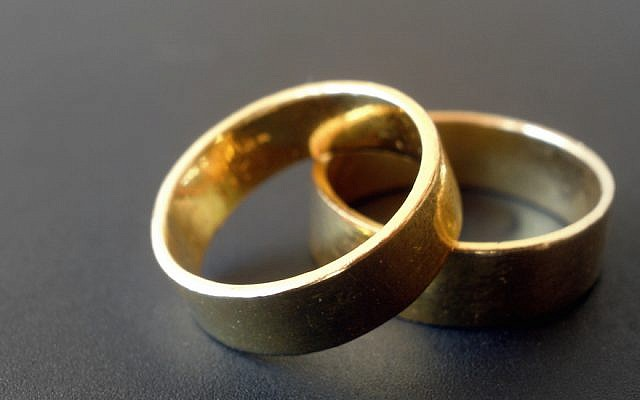 Most Reform and Reconstructionist rabbis will not co-officiate a wedding with clergy of another religion. (JTA)