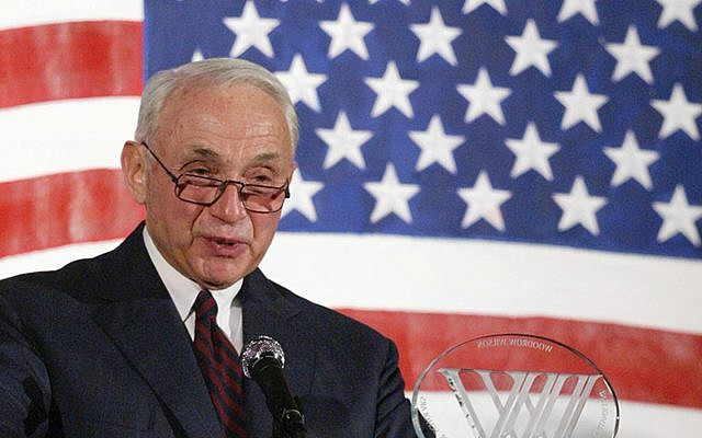 Les Wexner. Wikimedia Commons