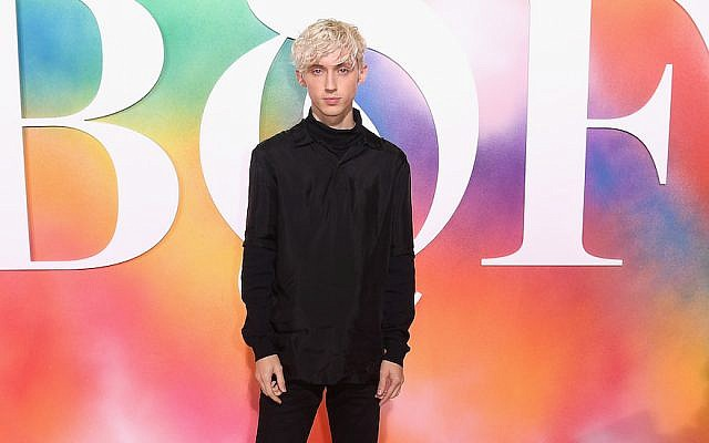 Troye Sivan attends the #BoF500 gala dinner during New York Fashion Week Spring/Summer 2019 in Brooklyn, Sept. 9, 2018. (JTA)