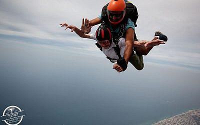 Walter Bingham skydives over northern Israel!