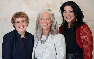 2018 Covenant Award recipients, from left to right: Dr. Susie Tanchel, Deborah Newbrun and Naomi Ackerman. Via covenantfn.org