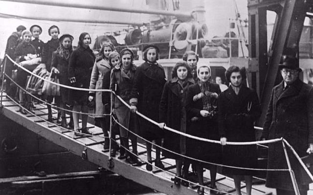 Jewish children boarding ship as part of a kindertransport out of Nazi occupied Europe. (Courtesy of Pamela Sturhoofd via Times of Israel)