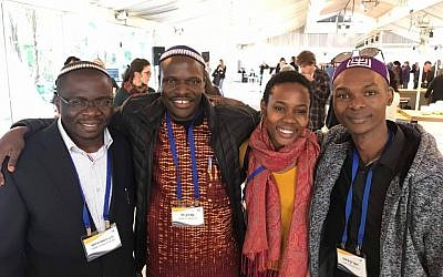 Yosef Kibita, Shoshanna Nambi, Shadrach Levi and Rabbi Gershom Sizomu, spiritual leader of the Abayudaya community. Lev Gringauz/JW
