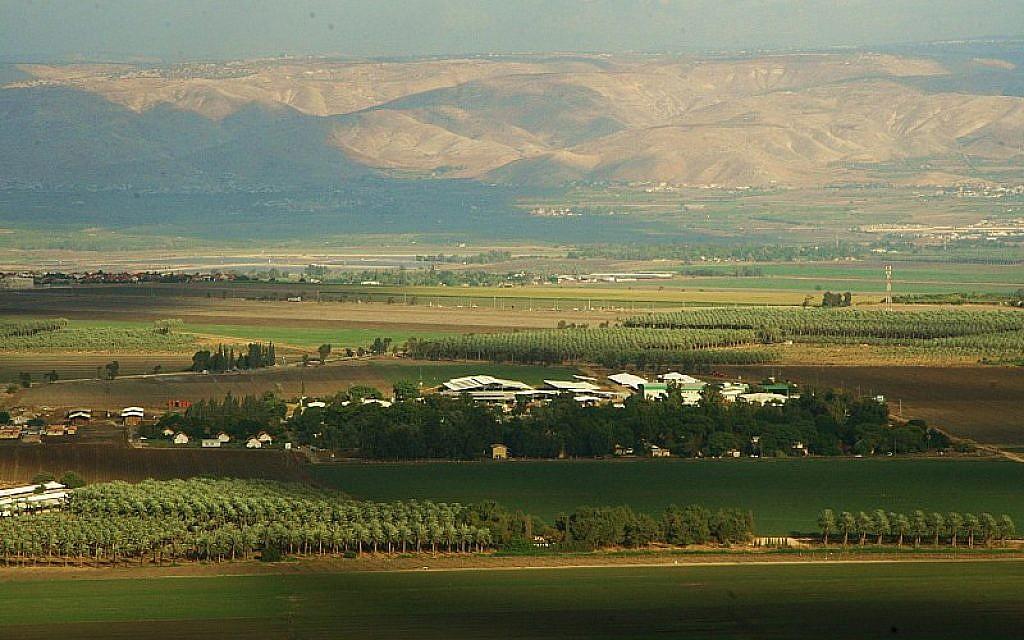 Kibbutz Shluhot in the Beit She'an Valley in northern Israel. Wikimedia Commons/יונתן:Jonathan