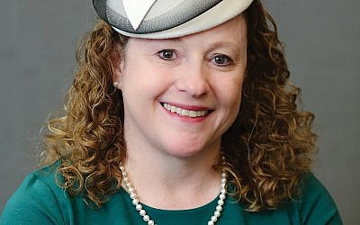 Yeshivat Maharat grad Marianne Novak's work as a rabbinic intern at Teaneck synagogue lands rabbi in hot water. Yeshivat Maharat