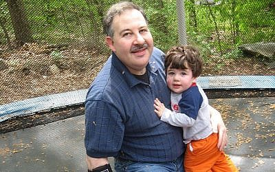Lenny Pozner with his son Noah. (Courtesy/Via Times of Israel)