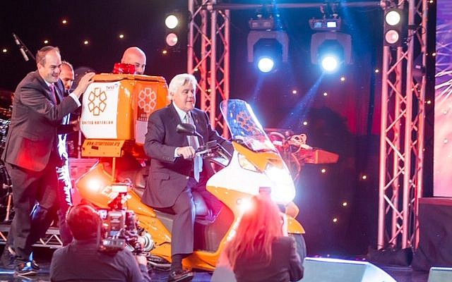 Comedian Jay Leno at the United Hatzalah gala in Los Angeles last week. Courtesy