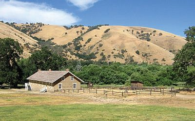 Fort Tejon, a 19th-century military outpost and national historic site, set against ridges tufted with sagebrush. Wikimedia Commons