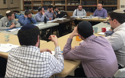 A class at Yeshivat Chovevei Torah. via YCT on Facebook