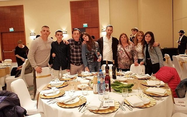 Attendees at the Warsaw Hilton, April 19, 2019. Hundreds gathered to celebrate the first seder in the former Warsaw Ghetto since it was razed in 1943. (Courtesy Chabad of Warsaw/via Times of Israel)