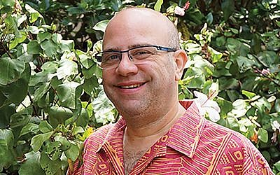 University of Hawaii's Julien Gorbach: Hecht was drawn to tribalism and bigotry.
