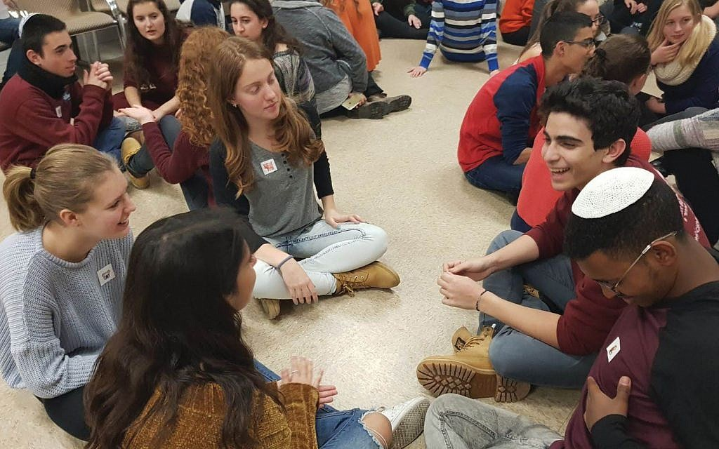 Students in Haifa taking part in activities that bring them closer to their American Jewish counterparts. Courtesy of Gesher
