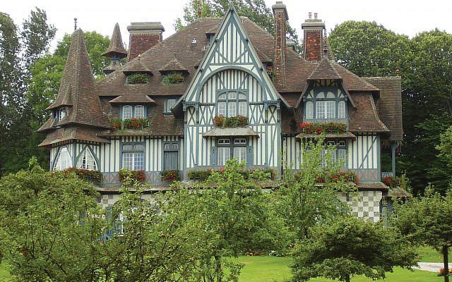 The Villa Strassburger, the Rothschild estate in Deauville. Wikimedia Commons