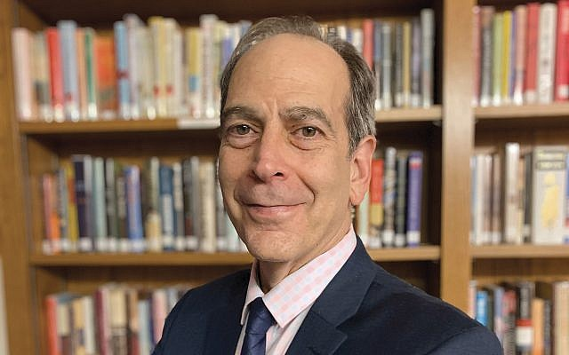 Andrew Silow-Carroll has wide experience in Jewish newspapers and is an award-winning columnist. Courtesy of Andrew Silow-Carroll