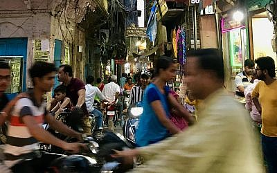 A street scene in Mumbai. Miriam Groner/JW