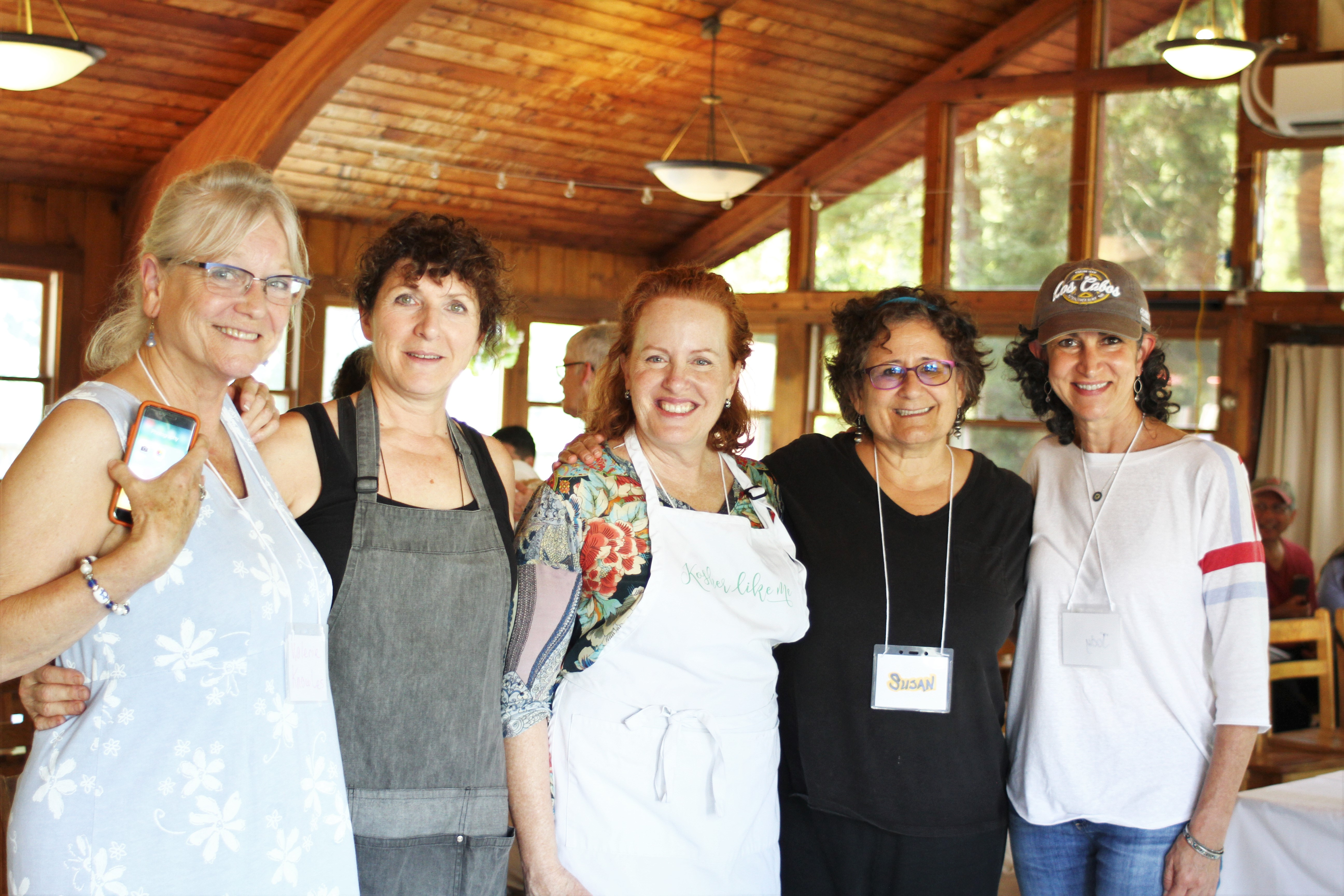 (L-R) Valerie Knowles, Dona Simons, Liz Reuven, Susan Barocas and Jody Gelfand at the Hazon Food Conference. Courtesy of Hazon