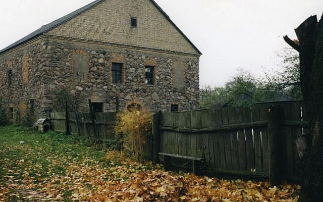 The former synagogue of Porazava, Belarus, is on the auction block. (Foundation for Jewish Heritage/via JTA)